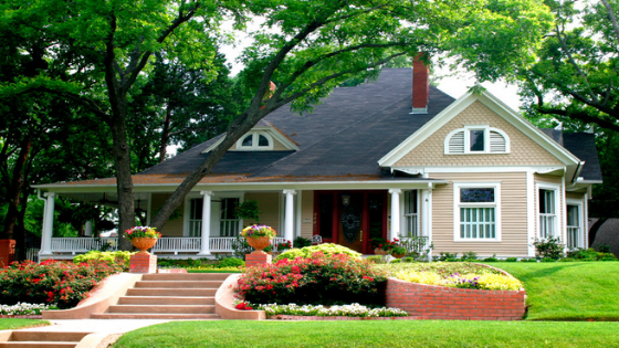 8 Landscaping Ideas to Uplift the Curb Appeal