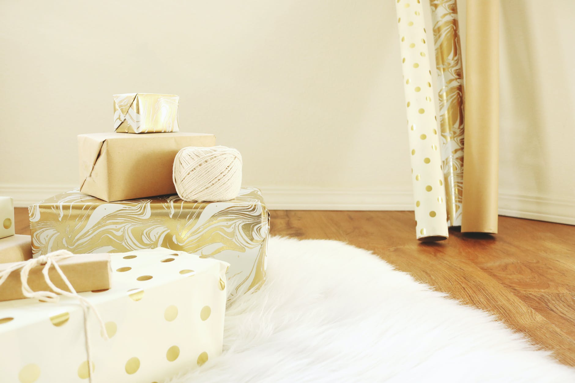 MILESTONE GIFT IDEAS FOR THE ONE YOU LOVE