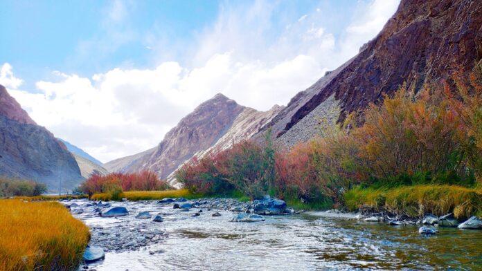 Kashmir Great Lakes Trek - Explore the Fabulous Lakes of Kashmir 2